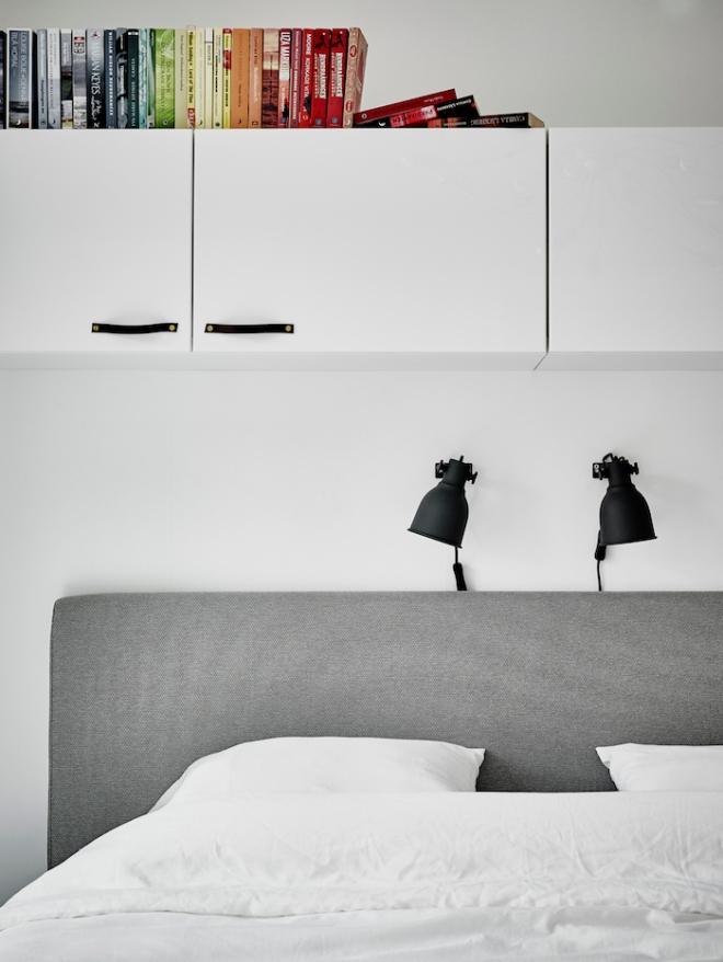 grey-bedhead-swedish-apartment-2